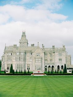 Beautiful Castles, Beautiful Buildings, Beautiful Homes, Old Mansions, Abandoned Mansions, Adare Manor, England Houses, Beautiful Architecture, Classical Architecture