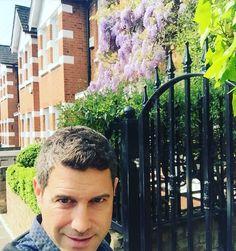 I love being in London waking up early enjoy Barnes walking around. Tomorrow the 02/London get ready X @ildivo_official @london #london #amor #pasion #ildivoamorpasion #02 by sebdivo