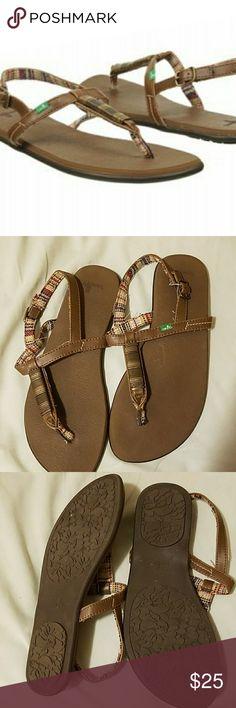 Sanuk sandals Comfy sanuk brown sandals. Very good condition  hardly worn  Sanuk Shoes Sandals