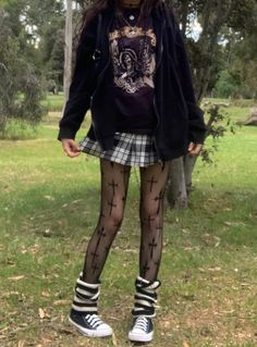 Grunge Outfits, Indie Outfits, Edgy Outfits, Cute Casual Outfits, Pretty Outfits, Fashion Outfits, Indie Clothes, Fashion Skirts, 90s Grunge