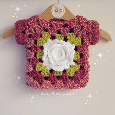New crochet baby girl jacket granny squares Ideas Crochet Hood, Crochet Baby Bonnet, Baby Girl Crochet, Crochet For Kids, Crochet Baby Sweaters, Crochet Baby Cardigan, Crochet Baby Clothes, Baby Knitting, Knitting Increase