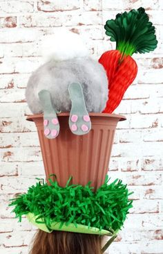 DIY hat for my gorgeous Isabella s Easter Hat Parade 2015 Boys Easter Hat, Easter Bonnets For Boys, Easter Hat Parade, Easter Bunny, Crazy Hat Day, Crazy Hats, Diy Ostern, Diy Hat, Easter Holidays