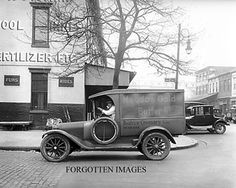 MEADOW-GOLD-BUTTER-DELIVERY-TRUCK-1910s-PHOTOGRAPH