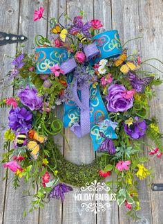 Floral Centerpieces, Flower Arrangements, Spring Front Door Wreaths, Spring Wreaths, Moss Wreath, Wreath Making Supplies, Purple Butterfly, Trendy Tree, Summer Wreath