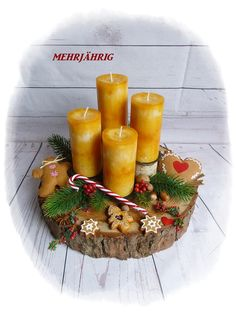 Wreath - Advent Wreath / Advent Arrangement on Wooden Disc - un prodotto unico di diegeschenkidee Advent Wreath, Diy Wreath, Centre Pieces, Xmas Decorations, Winter Christmas, Candy Cane, Holiday Crafts, Candles, Homemade