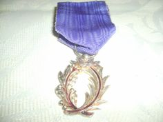 French Ordre des Palmes Academiques Medal by NormandyCollectables, €30.00
