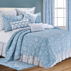 Williamsburg Eliza Lace Blue Quilt | Williamsburg Eliza Lace Blue Quilts, Draperies, Comforter Sets, Bedspreads, Duvets and Daybeds | PaulsHomeFashions.com
