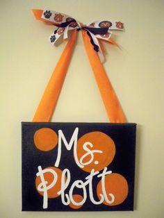 Could re-do this in any color for your classroom!