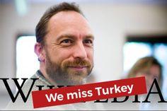 """Geçtiğimiz sene ülkemizde erişime engellenen Wikipedia, uzun süren sessizliğin ardından sürpriz bir kampanya başlattı. """"Türkiye'yi özledik"""" diyen platform, şu anki durumla ilgili açıklama yayınlamayı da ihmal etmedi. #wemissturkey #turkey #wikipedia #cencorship #yasak #haber #internet #türkiye #turkey #teknoloji #technology #blog"""
