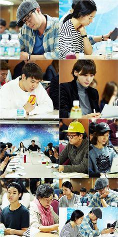 """Oh My Venus"" Script Reading With So Ji Sub, Shin Min Ah, & Cast | Couch Kimchi"