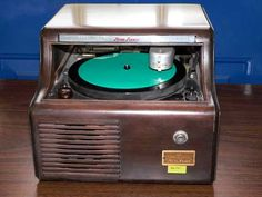 1945 Soundscriber Dictation Playback Unit. I learned to use one of these in high school along with a Dictaphone.
