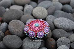 Summer Mandala Stone 19. Mandalaole.com
