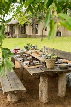 48 Super Ideas For Outdoor Patio Furniture Rustic Dining Tables Diy Garden Furniture, Diy Garden Decor, Outdoor Furniture Sets, Furniture Ideas, Recycled Furniture, Rustic Furniture, Modern Furniture, Backyard Patio Designs, Backyard Landscaping