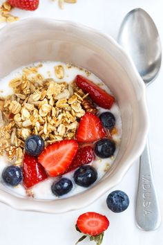 clean eating breakfast bowls