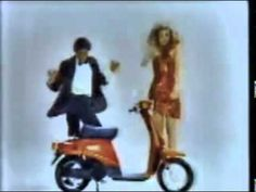 マイケルジャクソンを知らなかったときのCM。テレビで始めてみたとき結構インパクト強かったので覚えていたので探しました。ビンゴ。