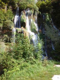 Cascade de Glandieu dans le Bugey (Ain)