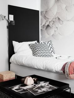 Tonårsrum in the making Estilo Interior, Interior Styling, Decoration Inspiration, Interior Inspiration, Bedroom Inspiration, Home Decor Bedroom, Modern Bedroom, Ideas Prácticas, Black Decor
