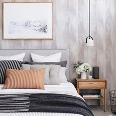 Bright and Trendy Mid Century Modern Bedroom Decor Ideas #ModernBedrooms