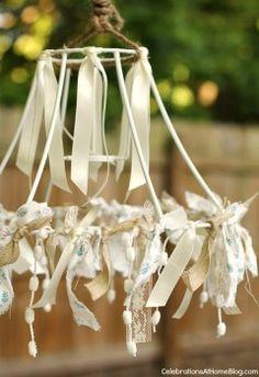 ribbon-trimmed-lamp-shade