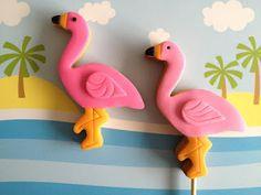 Flamingo Cookies by Petite Cookies on Little Big Company blog