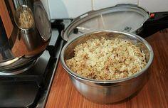 rýže v tlakovém hrnci