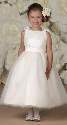 a3285e7e68 38 Best Flowergirl dresses images
