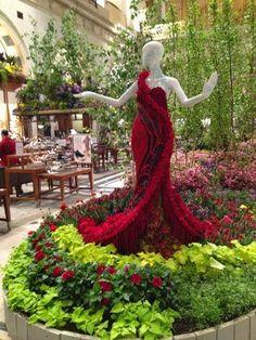 Bellart Atelier: Lindos vestidos com flores naturais.