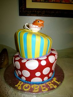My sis's baby shower Dr. Seuss cake =)