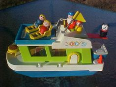 Vtg Fisher Price Play Family Little People Happy Houseboat 985 near complete '72  | eBay