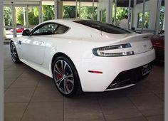 2012 Aston Martin V-12 Vantage