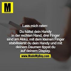 Leider nein. Drei Finger links. Daumen stabilisiert. Zwei Finger rechts. Zeigefinger oben stabilisiert auch. Daumen tippt.