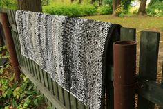"""Rug """"Living Through Changes"""" - Terra Mama Hand Weaving, Change, Pure Products, Make It Yourself, Blanket, Rugs, Live, Farmhouse Rugs, Hand Knitting"""