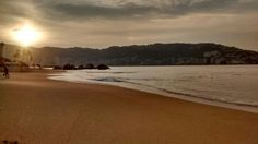 Suave arena bajo mis pies, refrescan no solo mi cuerpo, también mi alma.