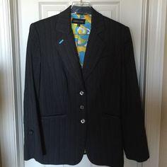 "Gray Pinstriped Blazer-Size 8 Fully lined. Bust-38"", hip-49"", length-27"". Jackets & Coats Blazers"