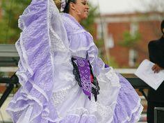 Los Quetzales Mexican Dance Ensemble-A PURPLE Veracruz!!! :)