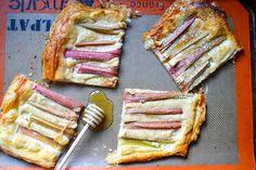 Rhubarb Cream Cheese Breakfast Tart // Warm Vanilla Sugar