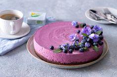 Nepečený borůvkový cheesecake s Lučinou | Apetitonline.cz