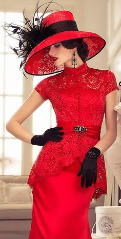 Lady in Red. A photograph of a beautiful woman wearing an elegant red dress and hat with black feathered accessories. Red Fashion, Fashion Beauty, Vintage Fashion, Womens Fashion, Royal Fashion, Vintage Style, Look Retro, Fancy Hats, Glamour