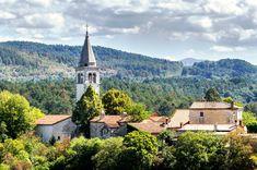 Szlovén tengerpart: Piran, Portroz, Izola és Koper Slovenia, Travel Destinations, Tower, Mansions, House Styles, Building, Places, Road Trip Destinations, Lugares