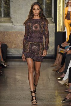 Double gold cuffs, no necklace and a studded earring would add the right touch. Emilio Pucci RTW Spring 2015 #fashion #womens