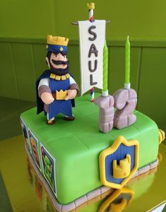 Pastel Clash Royale de fondant Torta Clash Royale, Royal Cakes, Royal Party, Minion Party, Fondant Tutorial, Third Birthday, Fondant Cakes, No Bake Cake, Easy Desserts