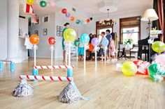 Candyland party games and activities - candy obstacle course candyland-birthday-party Candy Themed Party, Candy Land Theme, Candy Land Party, Lollipop Party, Birthday Fun, Birthday Party Themes, Birthday Ideas, Birthday Activities, Party Girlande