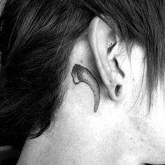 Fang | 50 Seriously Impressive Dotwork Tattoos