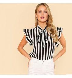 b6afb06be4 Blusa Feminina Sheln Listrada Preto e Branco - Compre Agora
