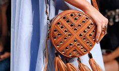 Bolsas de grife: os novos modelos que surgiram nas passarelas da Semana de Moda de Nova York verão 2015 - Moda - MdeMulher - Ed. Abril