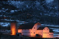 Park City Utah, White Barn, Old Barns, Take Me Home, Love Images, Stables, Beautiful Homes, Country Roads, Community