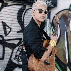 from the story La nueva integrante de CNCO ( Christophe Velez) ~Terminada~ by nelbar_cncowner_ (nelbar_cncowner_❤️🎤) with 108 reads. Memes Cnco, Latin Artists, Jesus Wallpaper, Just Pretend, Fine Boys, Tyler The Creator, Wattpad, I Love You All, Guy Names