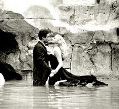 """Marcello Mastroianni and Anita Ekberg in Federico Fellini's """"La Dolce Vita"""" (1960)."""
