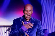 "The  new show ""Shakin'"" Serving Classic Vegas with a Twist"" starring Eric Jordan Young debuted in the Sin City Theater in Planet Hollywood."