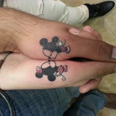 Community Post: Custom Pick Of Finger Tattoo Ideas For Couples